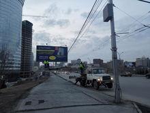 Мост на Октябрьской магистрали закроют шумозащитными экранами
