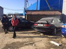 Сотни машин в отстойниках. В Екатеринбурге судят главу автосалона, укравшего более 50 млн