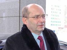 У семьи Александра Мишарина за долги забирают огромные земельные угодья в области