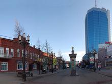 В Челябинске столетняя изба в центре города ищет арендатора за 12 тыс. руб.