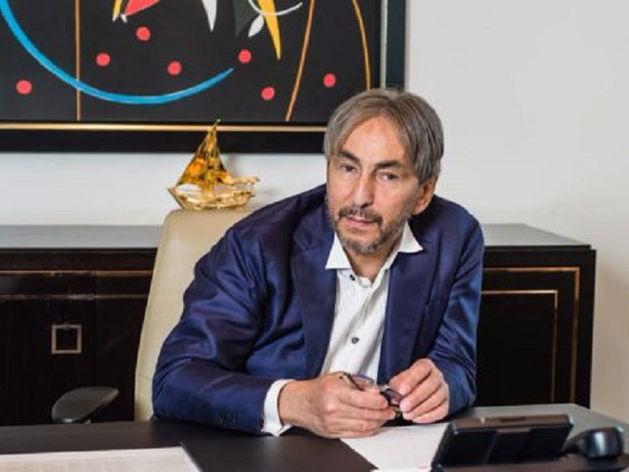 «Без боя не сдамся». В Москве бывшего сенатора от Чечни и бизнесмена задержали за стрельбу
