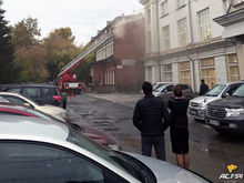 В здании с несколькими популярными заведениями случился пожар
