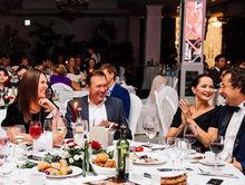 Фоторепортаж: традиции светских салонов возрождают в Челябинске