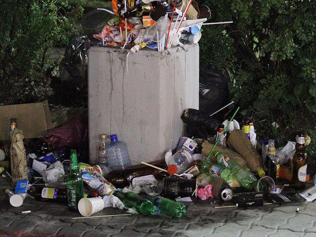 Областные власти собираются за год научить свердловчан сортировать мусор