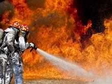 В Челябинске на территории скандального строительства ТЦ случился пожар