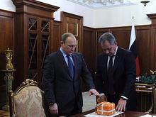 «Сэкономить время»: Шойгу попросил Путина раздать 1 трлн руб. на спецзаказы без конкурса