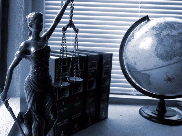 «Подсудимых защищают». МВД расплатилось со свердловскими адвокатами