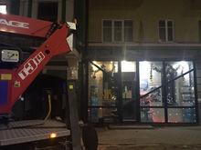 В Ростове на Большой Садовой массово демонтируют вывески магазинов