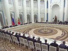 Путин посоветовал бизнесу готовиться к нелегким временам. И одобрил возврат капиталов