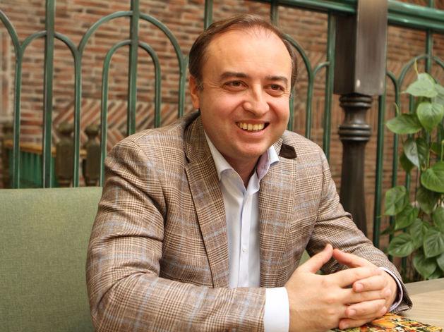 «Ритейл в ТЦ приобретает черты шоу-рума». Милен Генчев — о реконструкции центров «Мега»