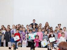 В лифтах ростовских домов разместят новогодние детские рисунки