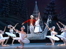 Музыкальный театр в этот новый год променял Ростов на Париж