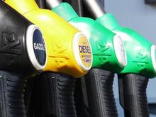 За 2018 год литр бензина в России может подорожать на 3 рубля
