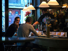 «Все побегут смотреть, что там». Новосибирский бар заходит в Челябинск