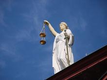 Убийца уральского ритейла меняет областной закон под себя