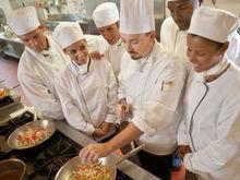 """""""Все хотят быть директорами"""": ростовские рестораторы пожаловались на нехватку кадров"""