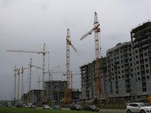 Падающие ставки на дешевеющее жилье: почему с ипотекой стоит подождать
