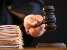 Суд снова оставил под стражей ростовского банкира