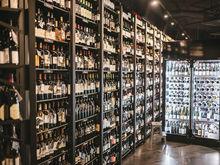 Есть шампанское за 71 тыс.: в Новосибирске открылся новый винный бар