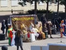 В Ростове обманутые дольщики показали уникальный спектакль