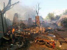 Власти Ростовской области считают причиной пожара на Театральном спуске поджог