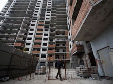 «Бюджеты уходили налево». В Екатеринбурге на известного застройщика подали массовую жалобу