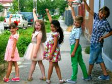 35-летние мальчики и девочки: «откладывание взросления — это ответ на новую реальность»