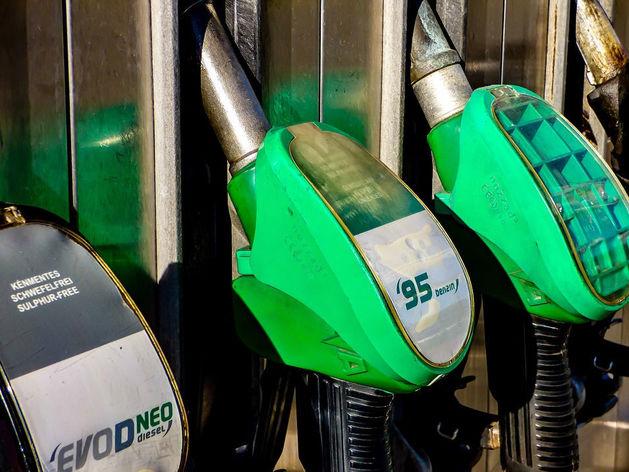 «Ситуация очень нервная»: «Роснефть» предупредила о росте цен на топливо в полтора раза