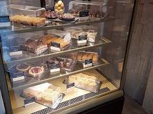 Съесть и не потолстеть. Героиня публикаций DK.RU открыла кафе для фитнес-няш