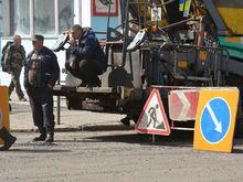 В Красноярске нашли дополнительные средства на дороги: что отремонтируют в этом году