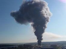 Страшный пожар в Екатеринбурге. 20 пожарных машин четыре часа бились с пламенем