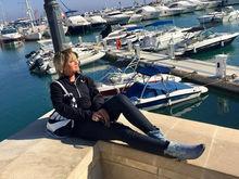 Переводчик, бизнес-леди, путешественница — ипостаси Елены Михайловой в видеоинтервью ДК