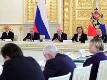 Нельзя отбирать без компенсации: в России предлагают отложить пенсионную реформу