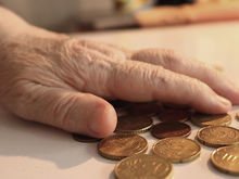 Что будет с пенсиями? Как аукнутся пересчитанные на баллы деньги / ВИДЕО