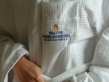 Номер в 5* за 70 рублей: люксовые отели устроили в столицах «распродажу» не по своей воле