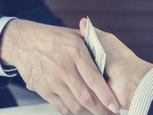 Взятка в 10 тыс рублей обошлась ростовскому предпринимателю штрафом в 1 млн рублей