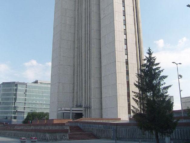 Банкротство бывшего министра. В Екатеринбурге vip-персона задолжала 375 млн руб.
