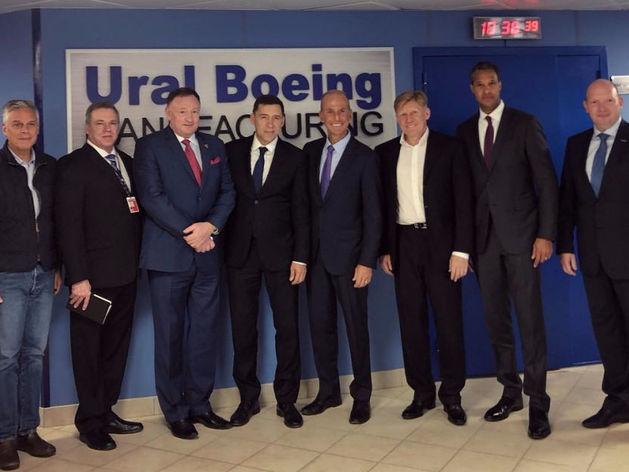 Приехала большая делегация из США. На Урале открыли завод Boeing