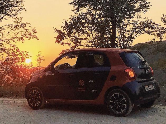BMW, Mini Cooper и Mercedes. В Екатеринбург заходит московский элитный сервис каршеринга