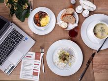 Какой обед? Пашем! Больше половины россиян отказываются от перерыва во имя работы