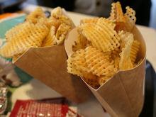 «Макдоналдс» запустил доставку еды в Новосибирске
