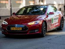 «Фридом Финанс» повысила интерес к инвестированию в ценные бумаги через гонки на Tesla