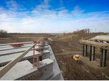 """Расширение дороги к аэропорту """"Платов"""" готово на 70%"""
