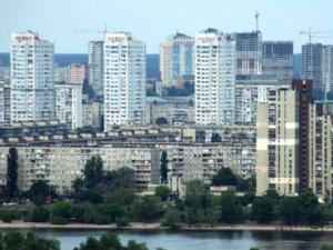 «Они стали моложе и беднее». Как за 20 лет изменился портрет ипотечника в России