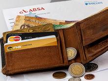 «Главное — хоть как-то управлять собственными деньгами». Когда наличные лучше карты?