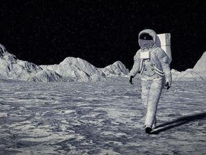 «В депутаты или в космонавты?». Самые большие зарплаты России: семь прибыльных профессий