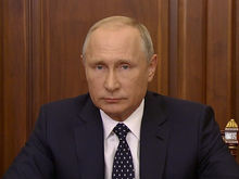 «Куда вы так спешите? Я пока никуда не собираюсь». Путин — о будущем и дедолларизации