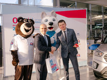 В Красноярске состоялось торжественная передача автомобилей Зимней универсиады – 2019
