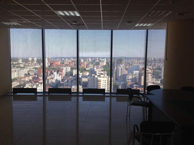 «Золотые улицы». Где выгоднее всего иметь офис в Екатеринбурге?