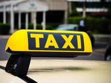 «Смысла нет, а дорого!» В Челябинске службы заказа такси возмущены введением онлайн-касс